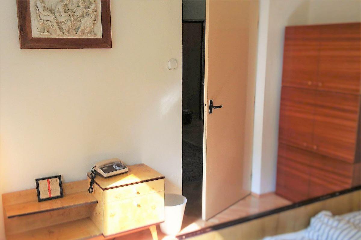 Retro apartment in Brezno: by Authentic Slovakia