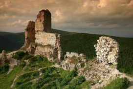 Carpathian Castle Ruins Tour, departing from Bratislava: by Authentic Slovakia