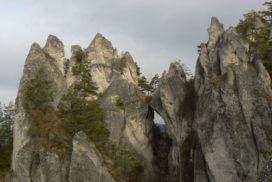 Hiking in Sulov rocks