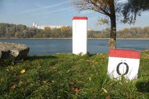 Bratislava Iron Curtain Bike Tour Border