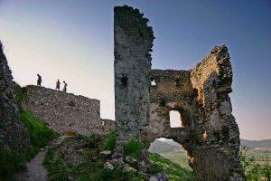 Castle ruins tour